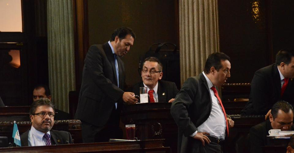 Las negociaciones de las bancadas del Partido Patriota y Lider son una constante en el palacio Legislativo.