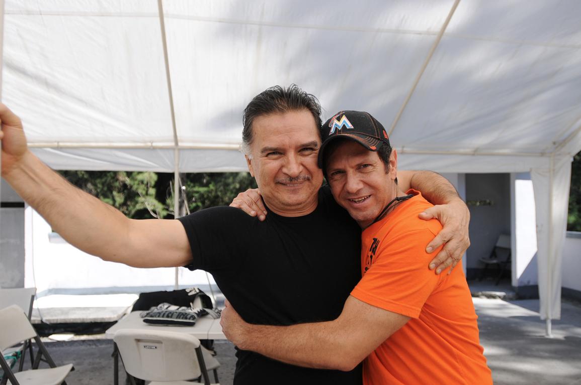 """""""Una foto con el comandante"""", dijo Francisco Valdés Paiz."""