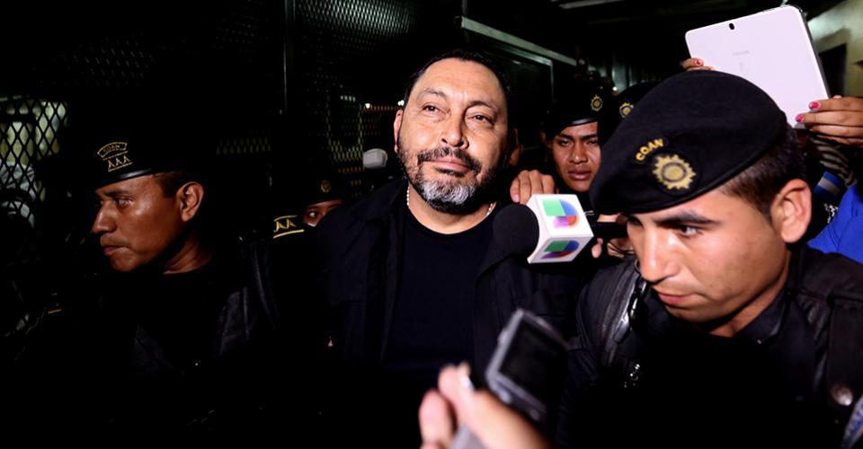 Mauricio López Bonilla, a su llegada a la Torre de Tribunales