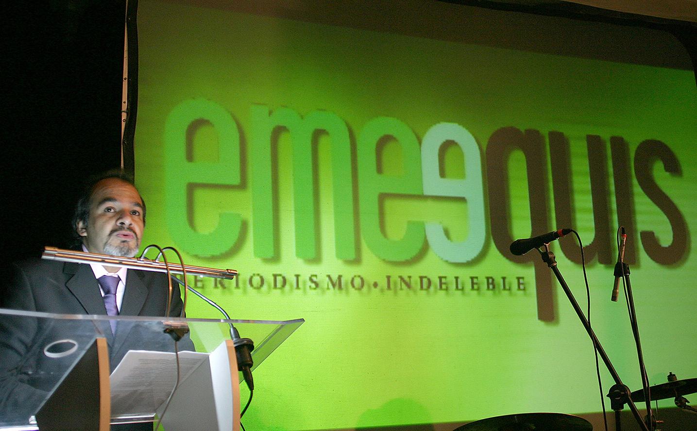 Ignacio Rodríguez Reyna, director de la revista Emeequis, durante una conferencia.