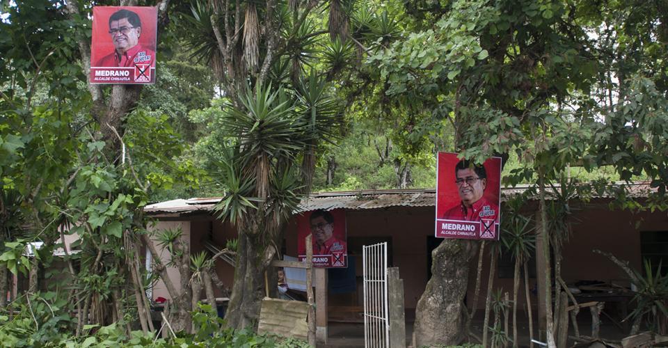 En varias casas de aldeas de Chinautla se observan fotografías de Arnoldo Medrano.