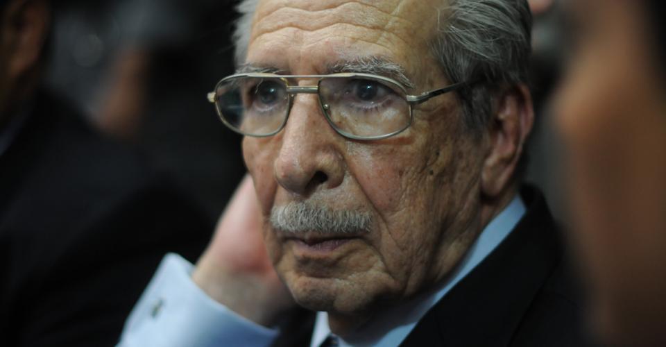 """""""El Tribunal dispuso ponerme a mí como genocida. No se preocupen por mí. He cumplido con la ley y me voy sin ninguna angustia"""", dijo José Efraín Ríos Montt."""