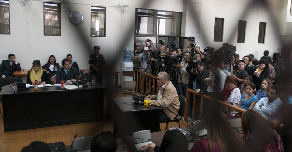 Momento en que Pedro García Arrendo pasó a declarar ante el Tribunal.