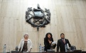 La jueza Yassmín Barrios suspende el debate hasta que la CC notifique.