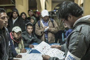 Expectación en el recuento de votos para presidencia y vicepresidencia.