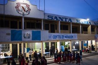 Centro de votación en la municipalidad de Nebaj, El Quiché, para la segunda vuelta de las elecciones presidenciales.