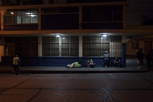 Otro día pasa por las calles de Guatemala.