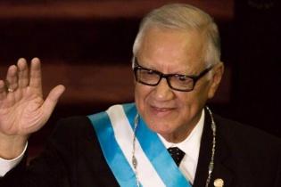 El presidente Alejandro Maldonado Aguirre anunció que pedirá la renuncia de todo su Gabinete, y que recibirá propuestas de la sociedad civil.