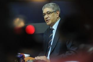 Según Martín Guzmán, Secretario de la CC, el juicio continúa suspendido según lo resuelto por la jueza Flores, debido a que ese órgano no ha conocido ningún recurso que ataque esa resolución.