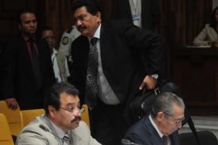 García Gudiel se retira de la sala, y Efraín Ríos Montt queda sin abogado defensor.