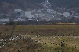 Vista de la Mina San Rafael desde un cerro cercano al basurero municipal.