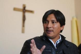 Para el sacerdote Xun, éste es un conflicto que divide a las comunidades mientras mantiene cerradas las puertas al diálogo y que amenaza con convertir en cenizas cualquier proyecto hidroeléctrico de la iniciativa privada que impulse el Estado.