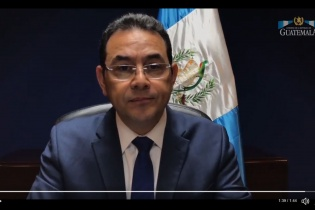 Fotograma del mensaje en el que el presidente Morales anuncia que ha pedido la expulsión del comisionado de Cicig