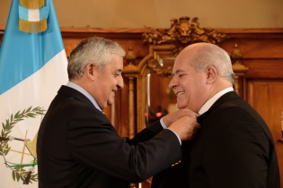 El presidente Otto Pérez Molina juramentó a Julio Ligorría Carballido, embajador de Guatemala ante los Estados Unidos.