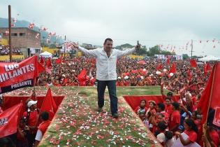 Manuel Baldizón del partido Lider en un mitin político.