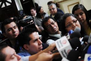 Los periodistas guatemaltecos se ven expuestos en el ejercicio de su profesión.