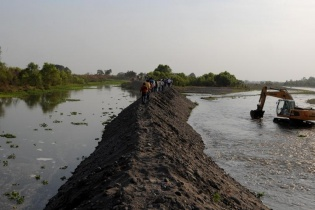 El escándalo de los robos de ríos Madre Vieja y Achihuate en la Costa Sur reavivó la discusión sobre la necesidad por una regulación de las aguas.
