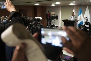 Porras durante la conferencia de prensa.