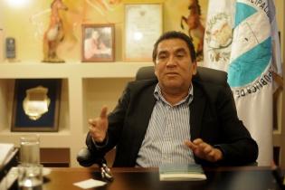 Rubelio Recinos Corea es el alcalde de Barberena, Santa Rosa, desde el año 2000.