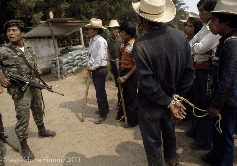 Capturado por las Patrullas de Autodefensa Civil, en Chichicastenango, Quiché.