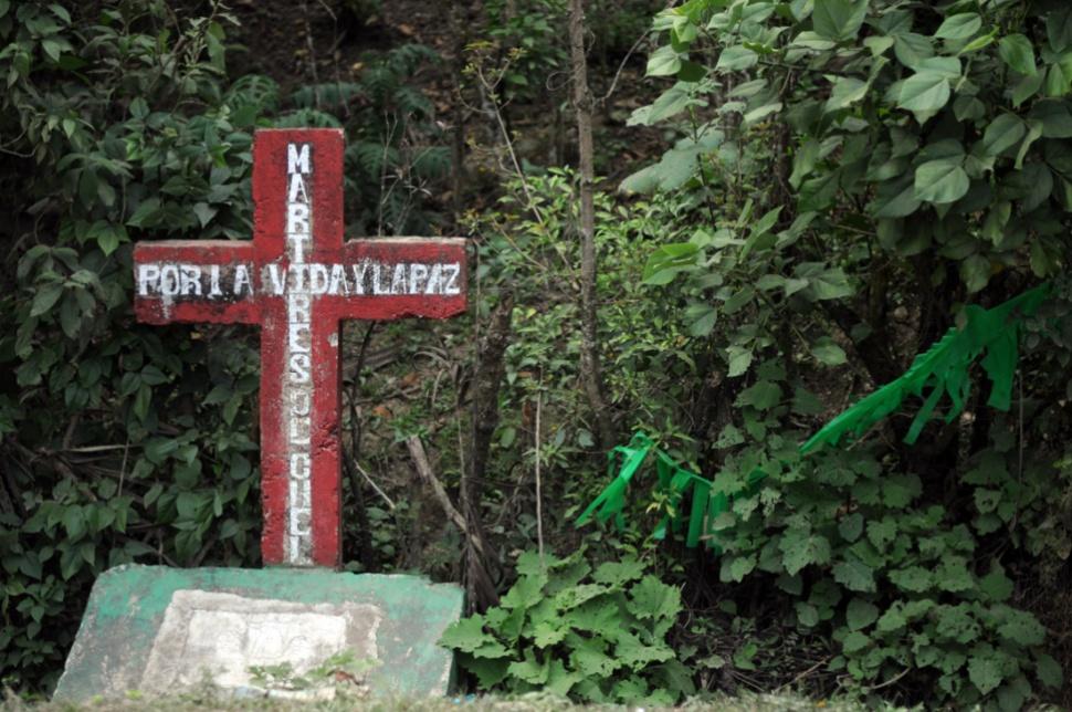 En memoria de los mártires de Chel.