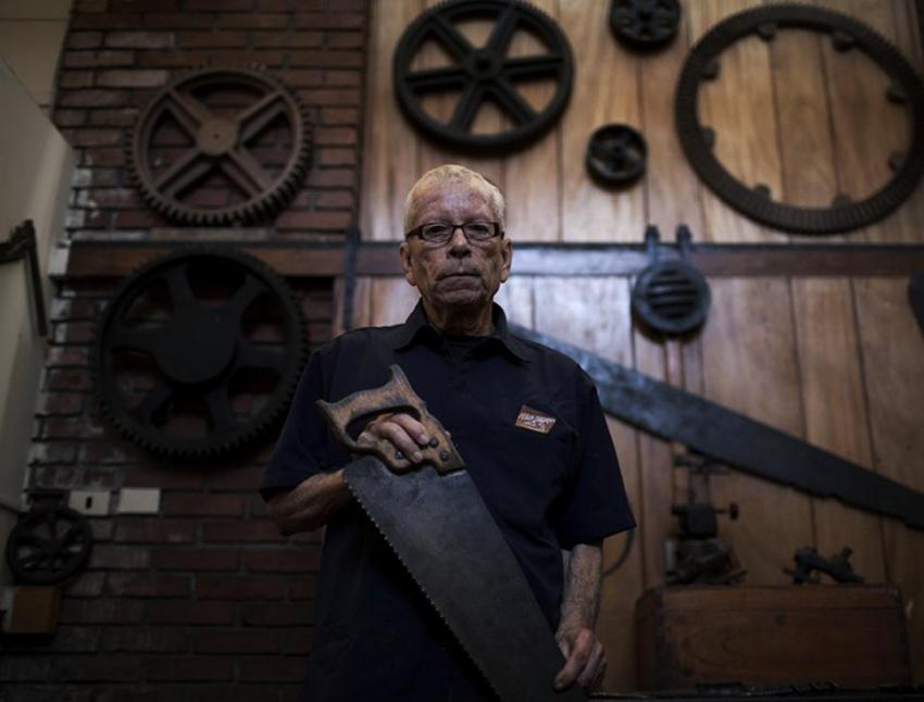Ismael Victorino Durán Galdamez, 75 años, carpintero del Museo del Ferrocarril. . [Simone Dalmasso]
