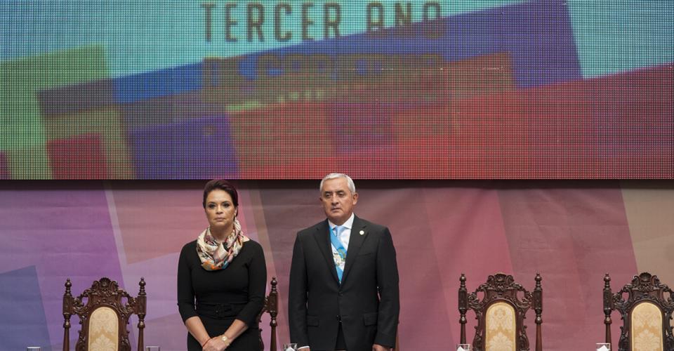 Los gobernantes, Otto Pérez Molina y Roxana Baldetti, realizaron la rendición del informe del tercer año de gestión, frente al cuerpo diplomático e invitados especiales.