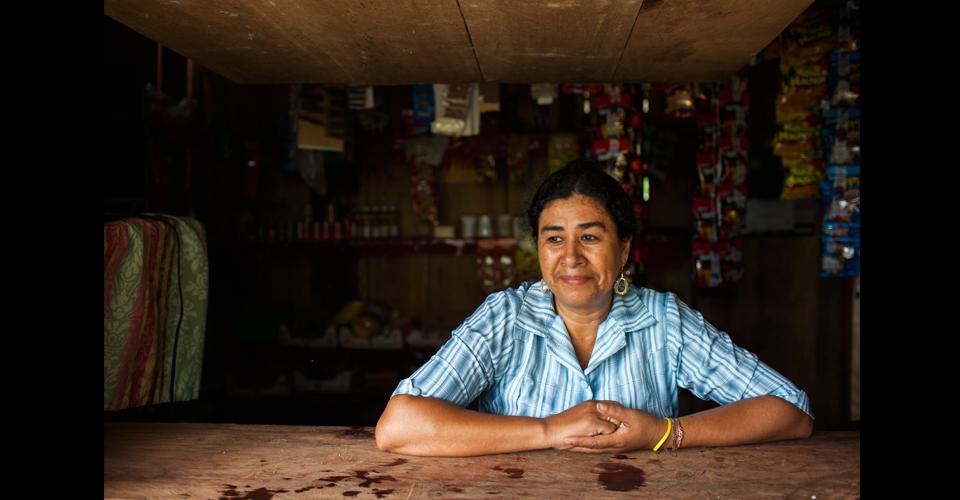 Jennifer Ruiz Rodríguez, 45, boliviana, sigue pensando en su tierra nativa: en octubre espera poder viajar a visitar sus familiares