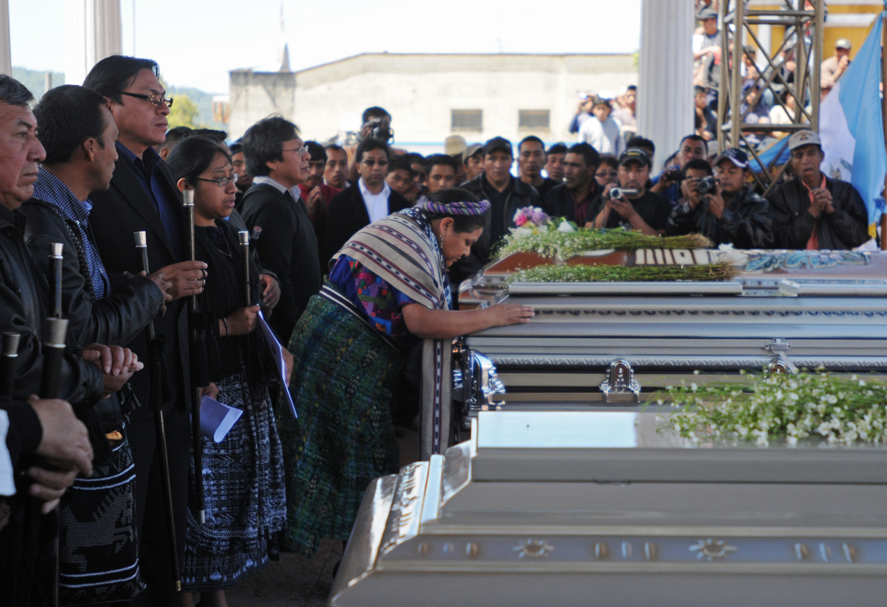 Rigoberta Menchú llegó a Totonicapán.