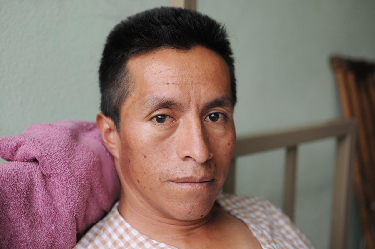 Domingo Puac, herido con bala.