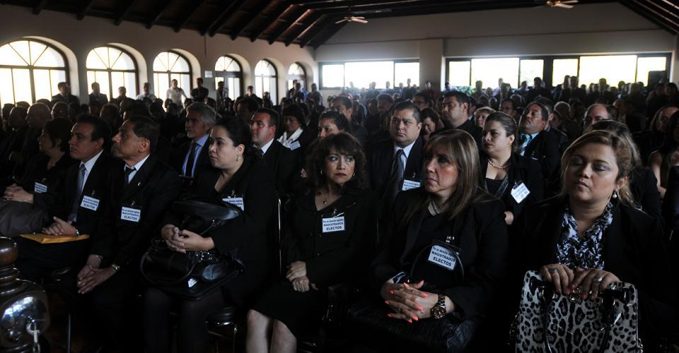 Los magistrados electos asistieron a la vista pública. Foto: Sandra Sebastián